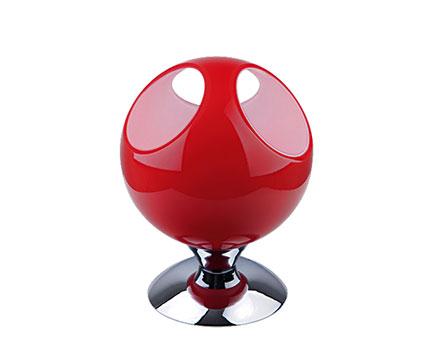 Настольная лампа Боулинг, краснаяНастольные светильники<br><br><br>Бренд: Ozcan<br>Цвет: Красный<br>Размеры: 20 x 20 x 27 cm<br>Материал: Металл<br>Дополнительные материалы: металл<br>Диаметр: 20<br>Дополнительная информация: для комнаты<br>Тип ламп: Накаливания<br>Мощность и вид ламп: E27 1*60w<br>Цвет стекла: Красный<br>Цвет покрытия: Хром