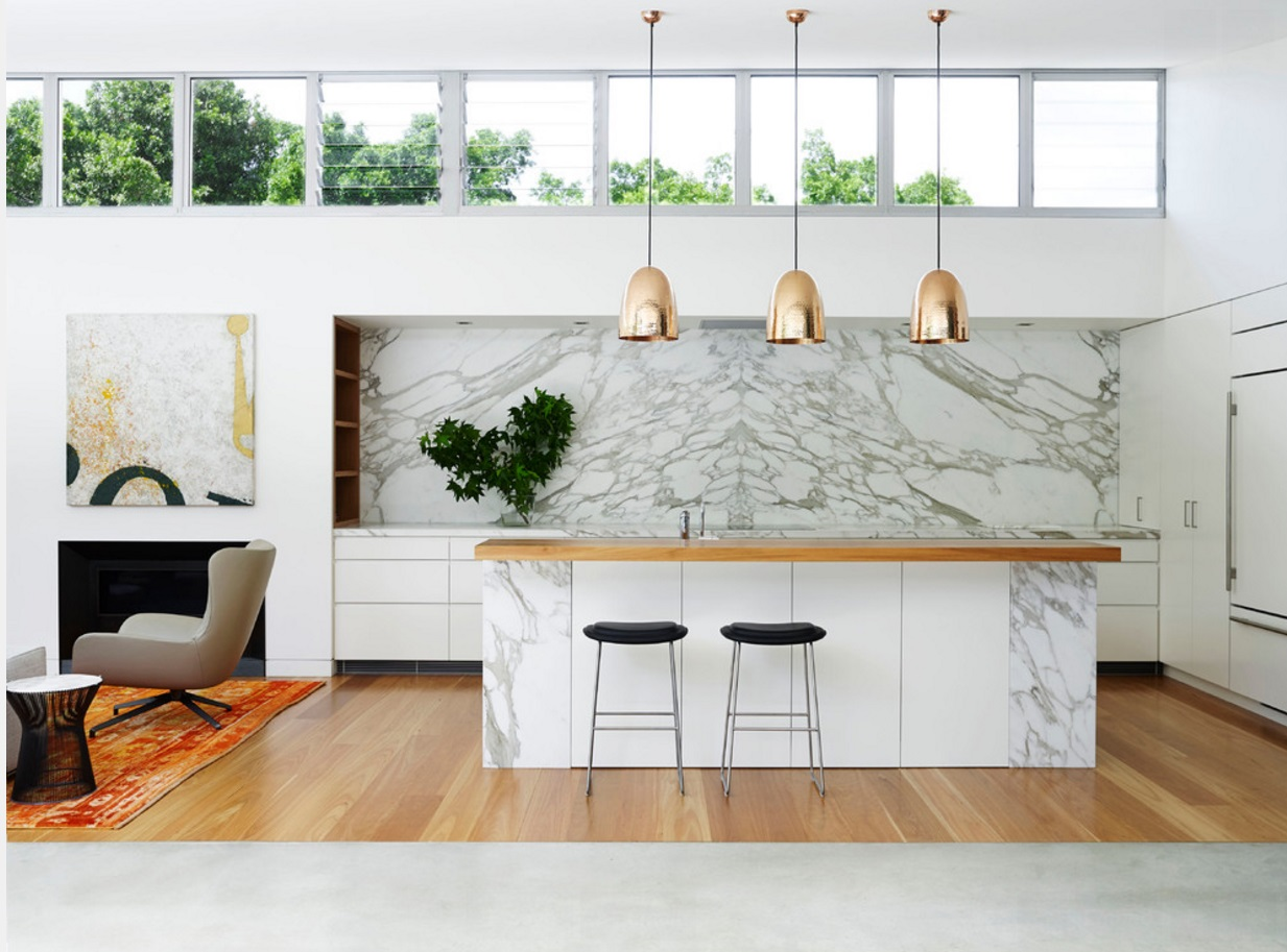Дизайн кухни под мрамор