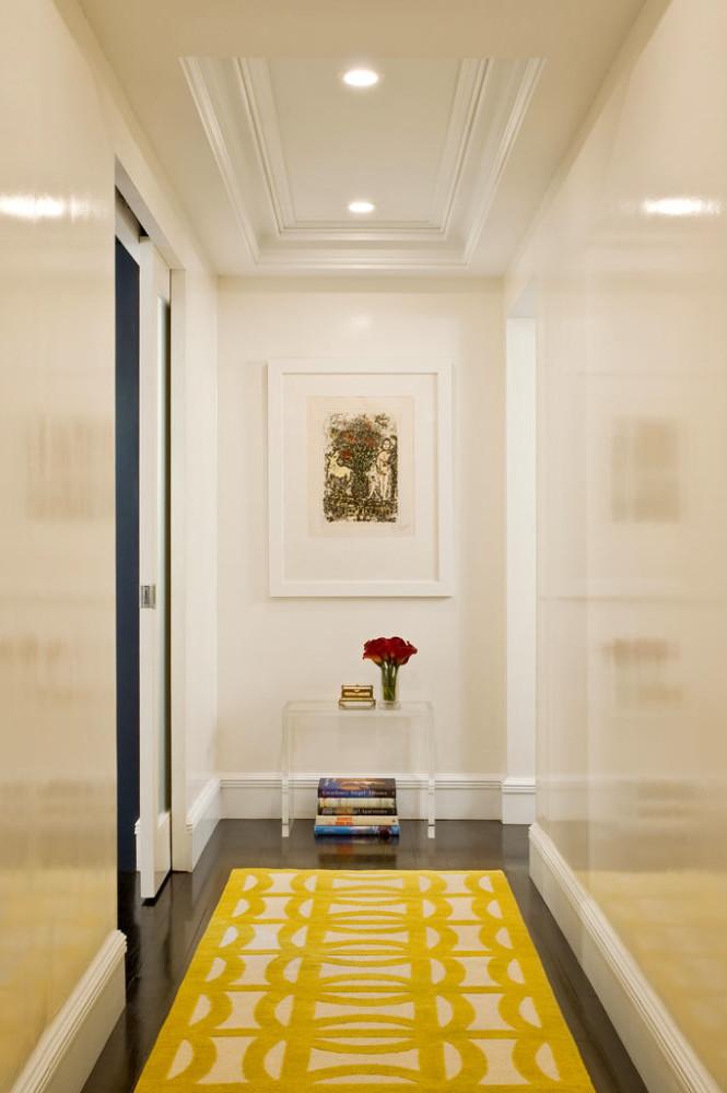 Интерьер потолка в коридоре фото
