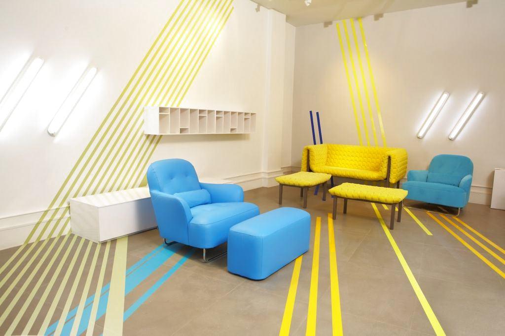Мебель и предметы интерьера в цветах: серый, светло-серый, белый, бежевый. Мебель и предметы интерьера в стиле модерн и ар-нуво.