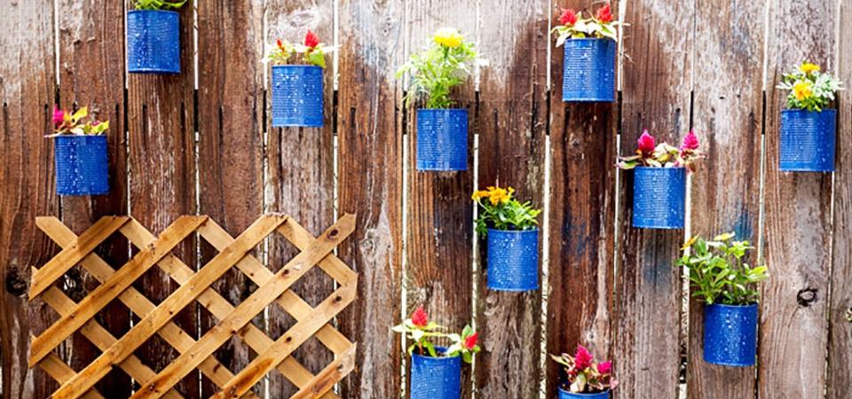 Декор на заборе своими руками
