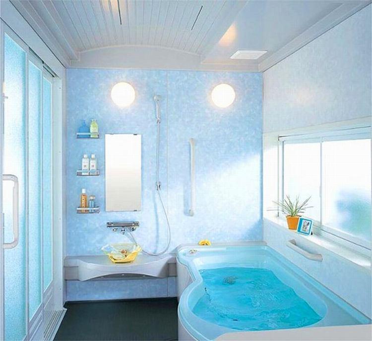 Ванная в цветах: голубой, бирюзовый, светло-серый, белый. Ванная в .