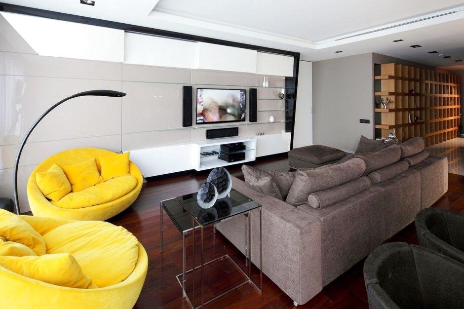 Гостиная, холл в цветах: черный, серый, белый, лимонный, темно-коричневый. Гостиная, холл в стиле минимализм.