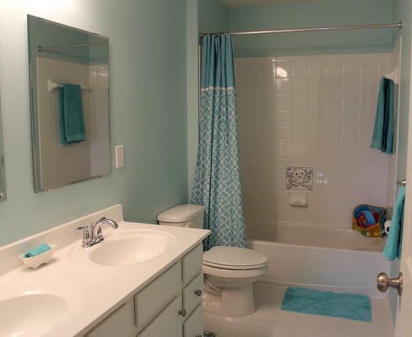 Крашенные стены в ванной фото