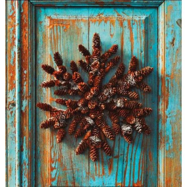 Новогодние поделки из еловых шишек фото