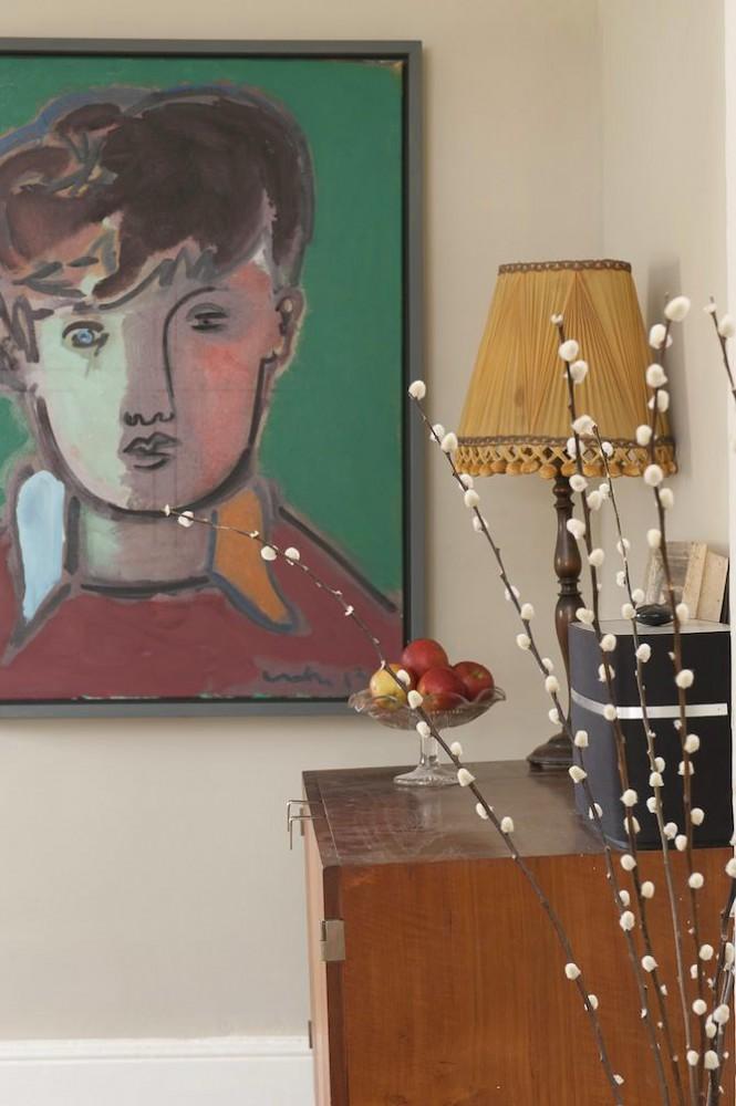 Декор в цветах: серый, светло-серый, коричневый, бежевый. Декор в стиле английские стили.