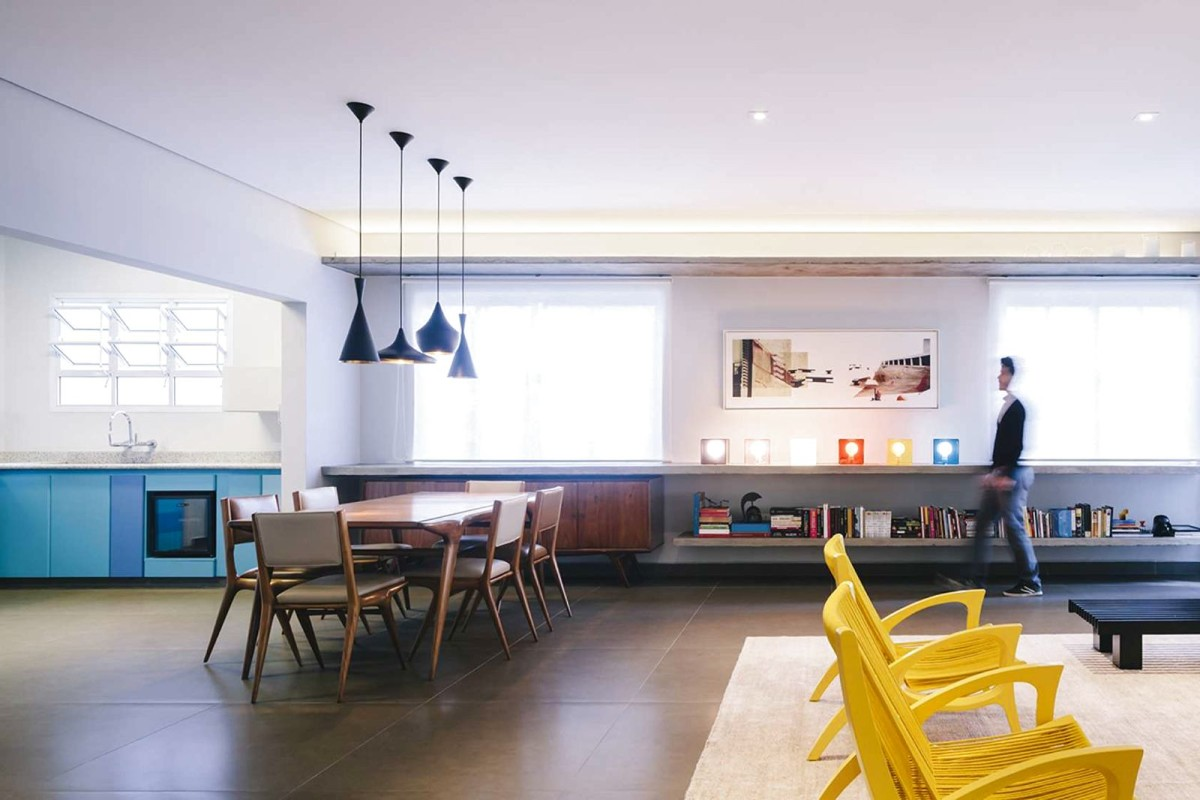 Гостиная, холл в цветах: желтый, серый, светло-серый, белый, коричневый. Гостиная, холл в стиле минимализм.