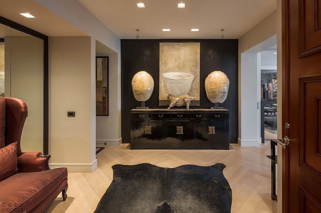 Мебель и предметы интерьера в цветах: черный, серый, темно-коричневый, бежевый. Мебель и предметы интерьера в стилях: этника, эклектика.