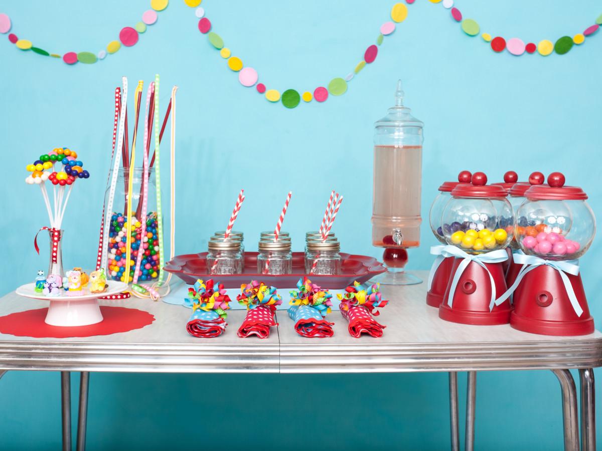 Декор детского праздничного стола